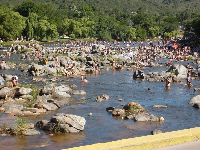 direccion turismo carlos paz: