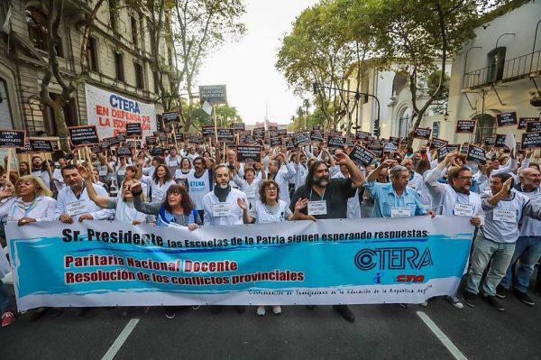 ADF en la Jornada Nacional de Lucha Docente -Abril 2018